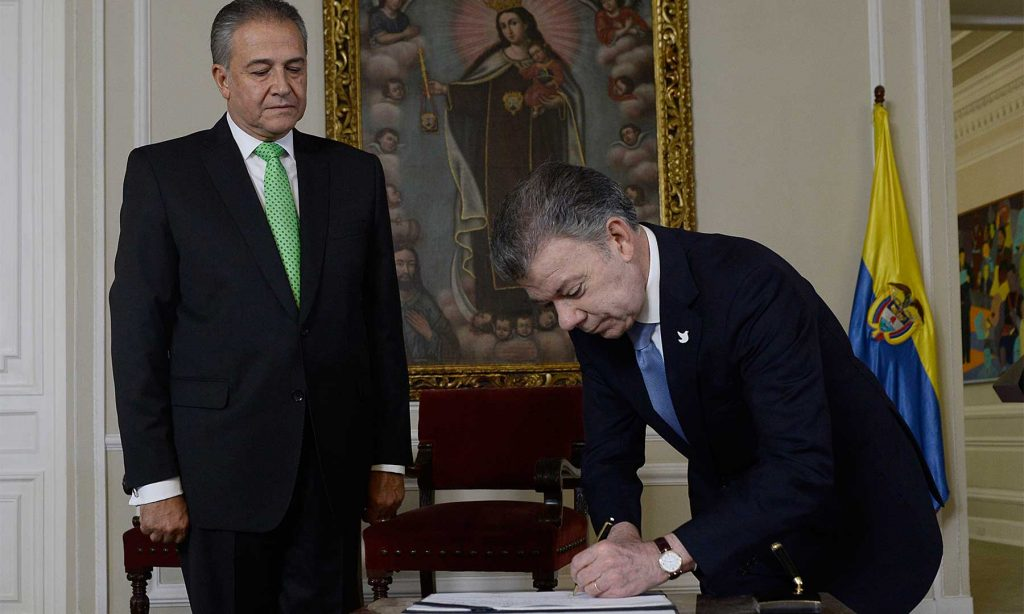 Mediante decreto, el Presidente Santos encargó al nuevo Vicepresidente de cuatro tareas relacionadas con implementación del Acuerdo de Paz, garantías a líderes sociales, seguridad ciudadana y lucha antinarcóticos.