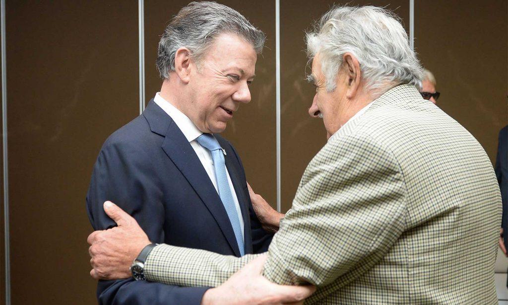 Los colombianos deben apropiarse de la paz, señala el expresidente uruguayo José Mujica.