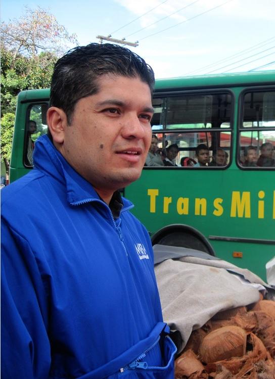 El representante Carlos Eduardo Guevara