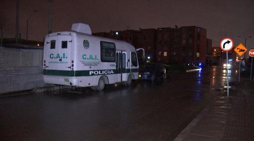 En este CAI móvil fue hallada herida la joven patrullera.