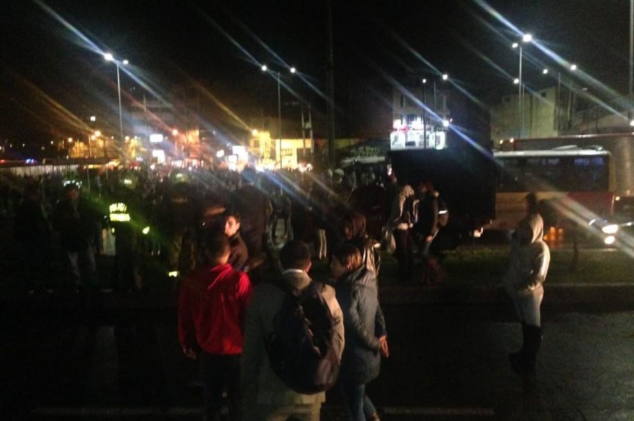 El bloqueo en la estación Terreros cogió por sospresa a los miles de usuarios que a esa hora regresan a Soacha.