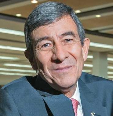 Néstor Rodríguez director de Compensar