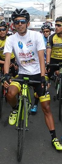 Carlos Becerra del equipo Formesan Bicicletas Strongman, se coronó campeón de la XII Clásica de Ciclismo Ciudad de Soacha 2017