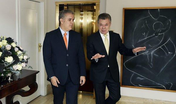 Iván Duque con Juan Manuel Santos en la Casa de Nariño