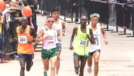 Durante la primera vuelta de la prueba un grupo con los favoritos rápidamente seleccionó la carrera.