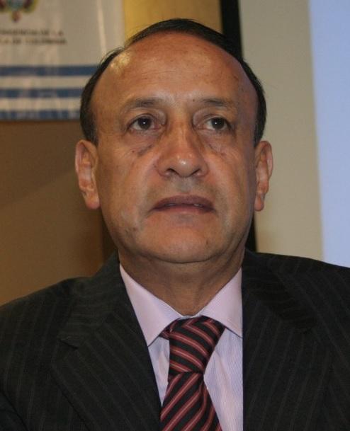 Álvaro Cruz por dignidad debe renunciar a la Gobernación de Cundinamarca