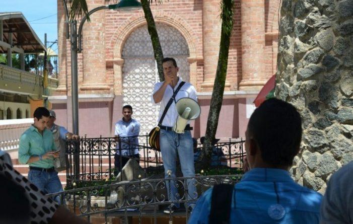 Nueva arremetida del Uribismo contra el proceso de paz en Colombia