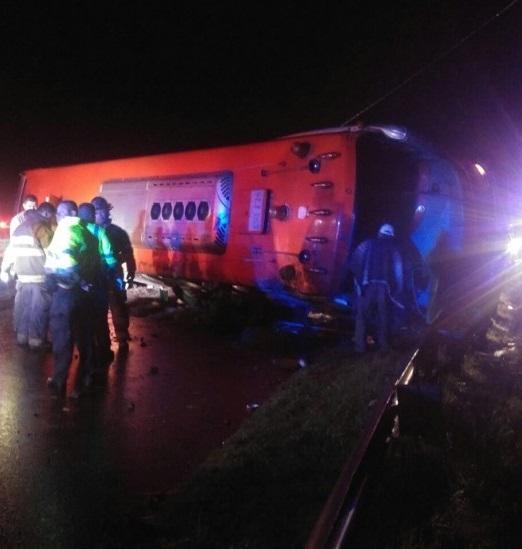Accidente en la vía Bogotá–Girardot deja cinco muertos y 19 heridos