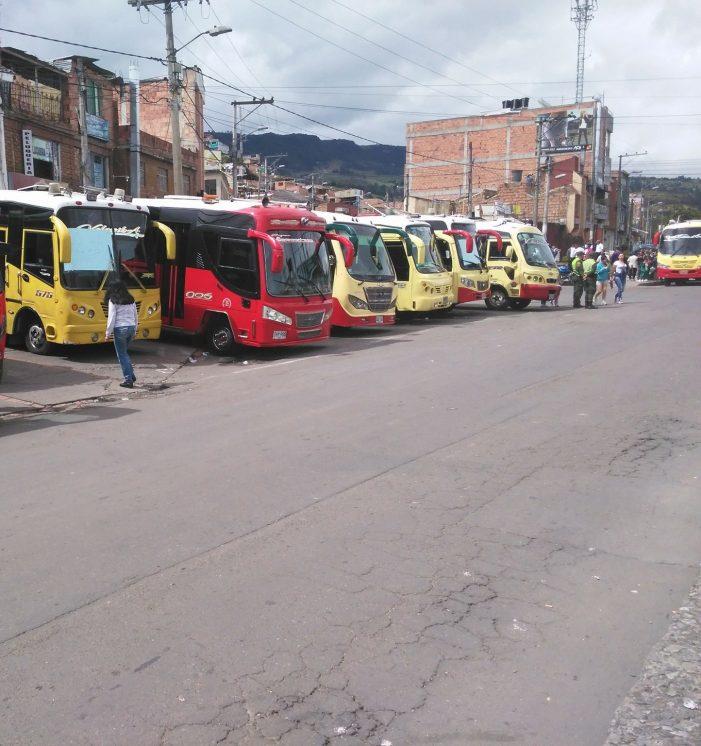 Caos de movilidad por paro de transporte en el municipio de Sibaté