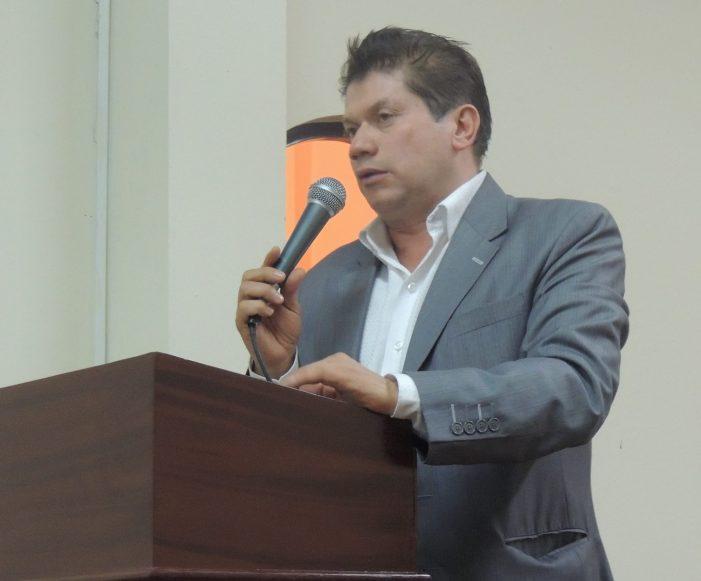 El concejal Venus Albeiro Silva fue expulsado del Polo Democrático