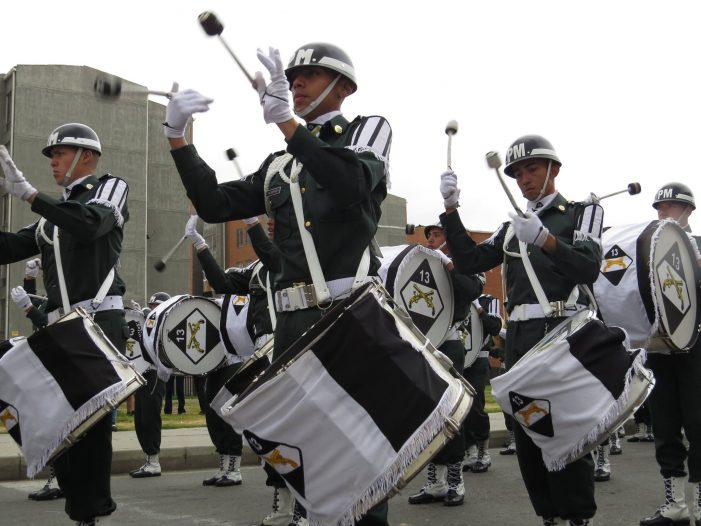 """Con un desfile multicolor Soacha celebró el """"Día de la Soachunidad"""""""