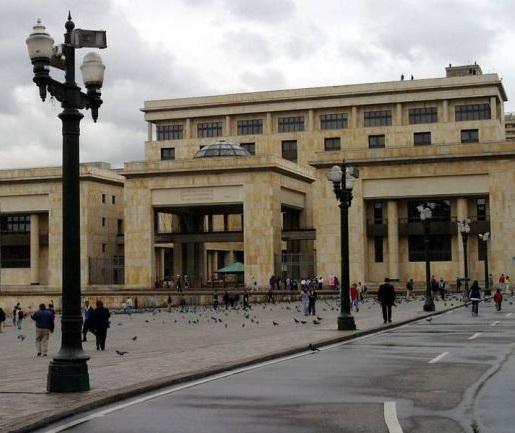 Corte Constitucional tutela derecho al debido proceso a padre de familia de Soacha