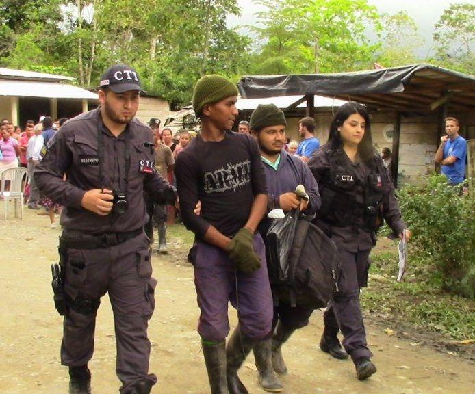 Denuncian ataque paramilitar contra la comunidad de San José de Apartadó