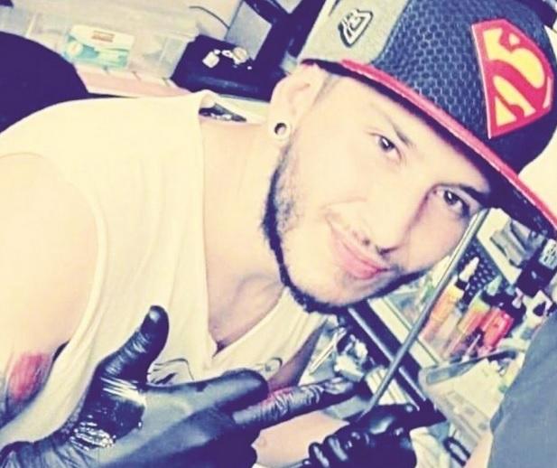 Asesinan a joven tatuador en el barrio San Mateo