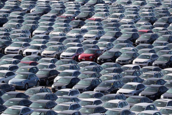 """Los cementerios de autos Volkswagen afectados por el """"Dieselgate"""" en Estados Unidos"""