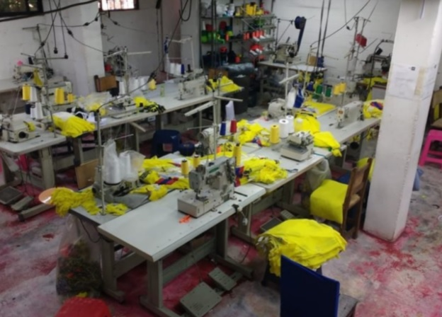 Descubren la principal fábrica de camisetas falsas de la Selección Colombia