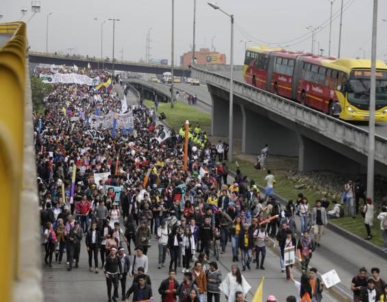 Estudiantes marcharán de nuevo el 13 de diciembre