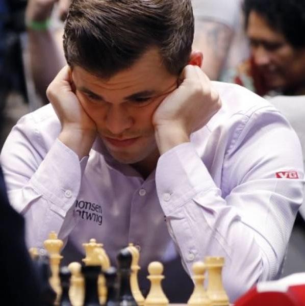 "Magnus Carlsen el ""rey"" del ajedrez mundial"