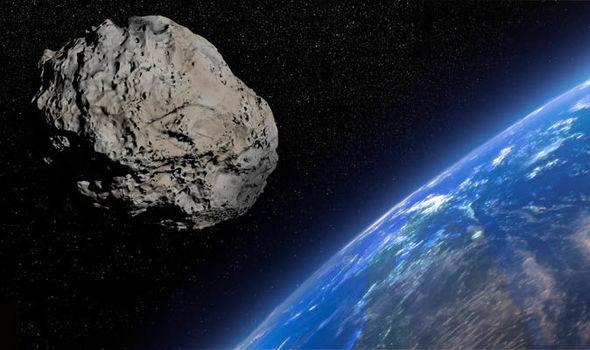 Gigantesco asteroide se acercará a la Tierra hasta 62 veces en los próximos cien años