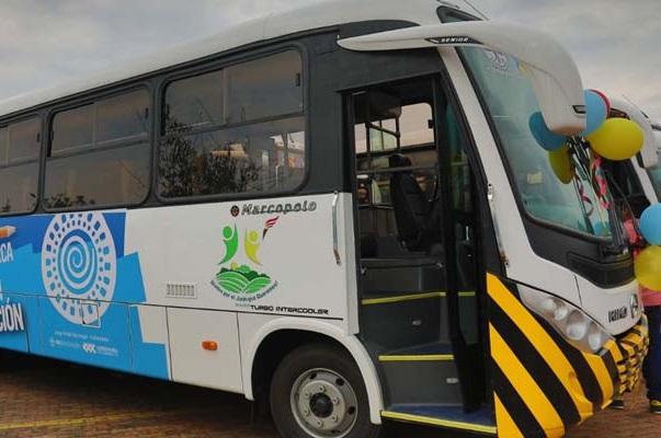 Gobernación dota de buses nuevos para transporte escolar 4 municipios