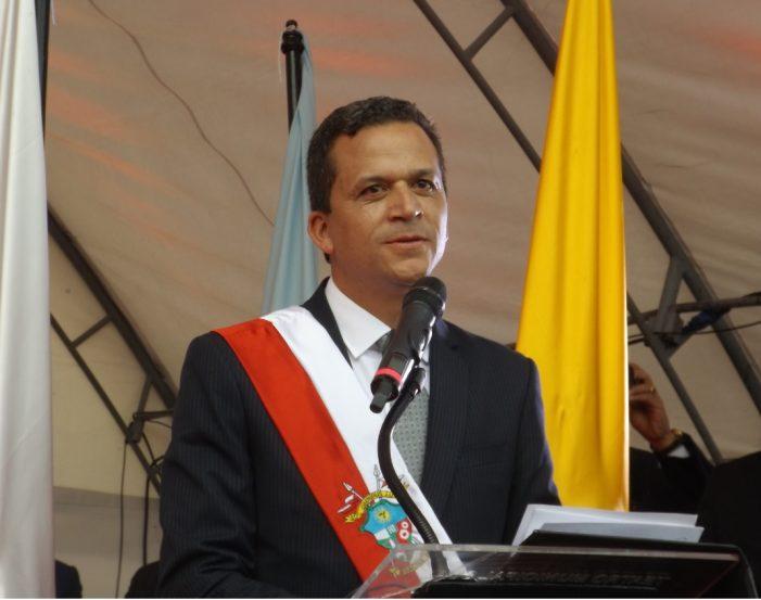 """Alcalde de Soacha propone implantar """"pico y placa"""" en la Autopista Sur los lunes festivos"""