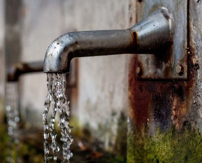 Compartir y barrios de la Comuna Uno estarán sin agua 24 horas