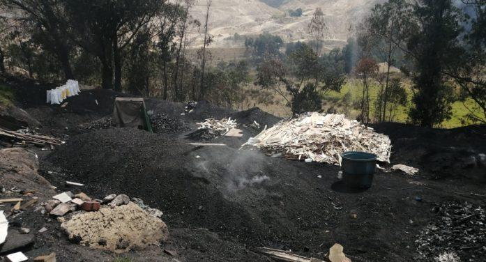 La CAR incauta tonelada y media de carbón vegetal en zona rural de Soacha