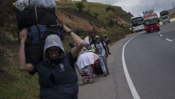 Continúa el éxodo de venezolanos a Colombia
