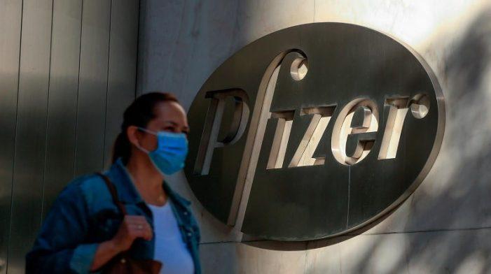 Pfizer afirma que su vacuna contra el coronavirus tiene efectividad del 95 %