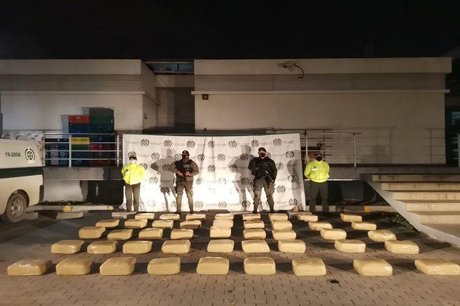 Incautan 254 kilos de marihuana en Soacha
