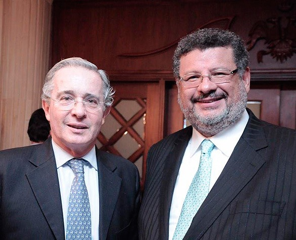 Con tutela el imputado Álvaro Uribe acude a la Corte Suprema para que lo dejen de llamar 'imputado'
