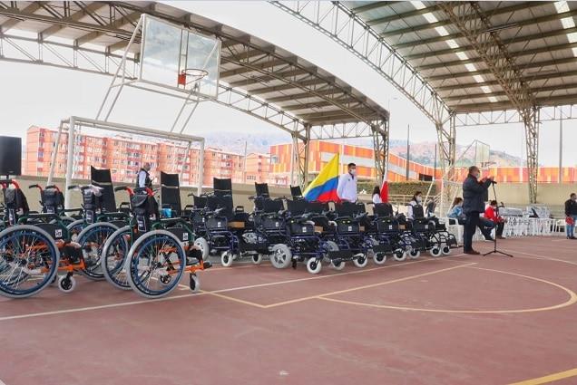 Soacha invirtió $160 millones en dotación de implementos para personas discapacitadas