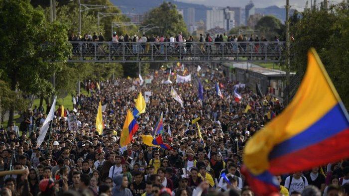 El 28 de abril habrá Paro Nacional para protestar por la reforma tributaria