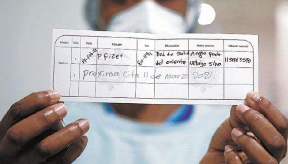 Llegaron a Bogotá 391.950 dosis de la vacuna de Pfizer