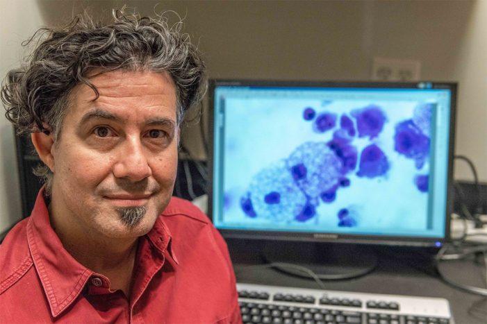"""""""El coronavirus se escapó del laboratorio de Wuhan"""", dice Derrick Rossi fundador del laboratorio Moderna"""