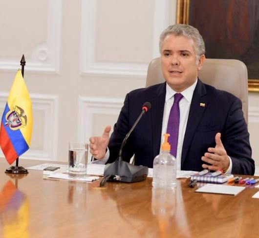 Iván Duque ordena que funcionarios públicos deberán regresar al trabajo presencial
