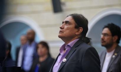 """Gustavo Bolívar catalogó como """"traición"""" la actitud del Partido Verde en la votación en el Senado"""