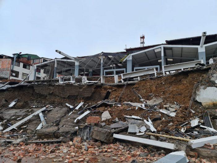 Colapso estructural de la plaza de mercado de Ubalá