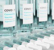 Gobierno Duque negocia con farmacéuticas terceras dosis de vacuna anticovid