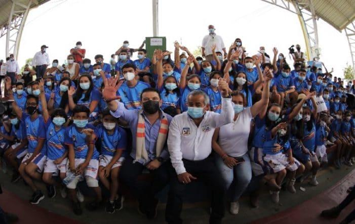 Nicolás García anuncia $179 mil millones de inversión en la provincia del Tequendama