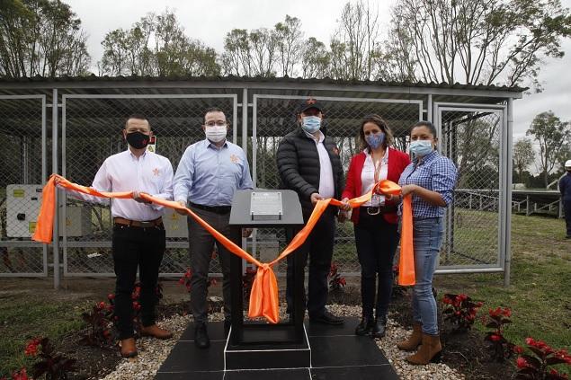 SENA dota granja de generación de energía solar fotovoltaica en Mosquera